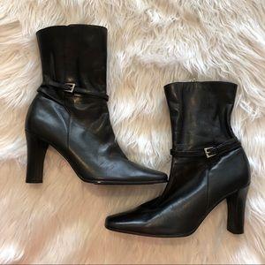 Anne Klein Black Boots Women's Size 8 1/2